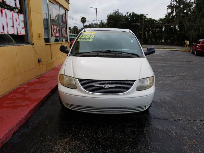 2001 Chrysler Town and Country LX 4dr Extended Mini-Van - Eustis FL