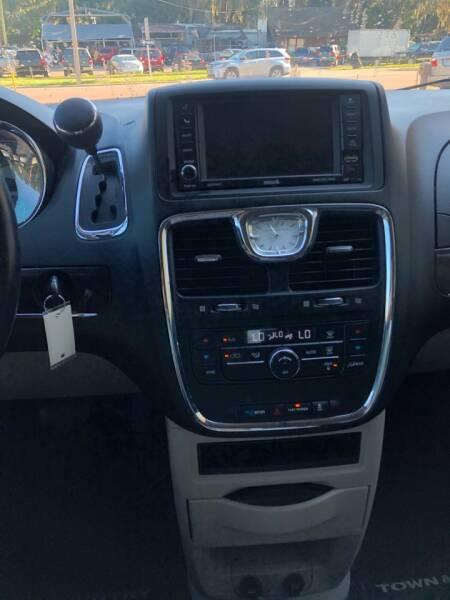 2014 Chrysler Town and Country Touring 4dr Mini-Van - Eustis FL