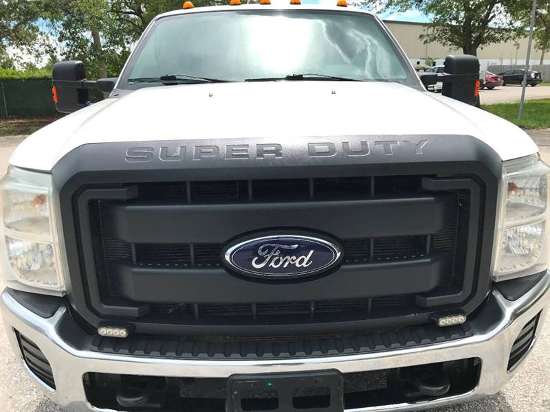 2012 Ford F-350 Super Duty 4x2 XL 4dr SuperCab 162 in. WB DRW Chassis - Clearwater FL