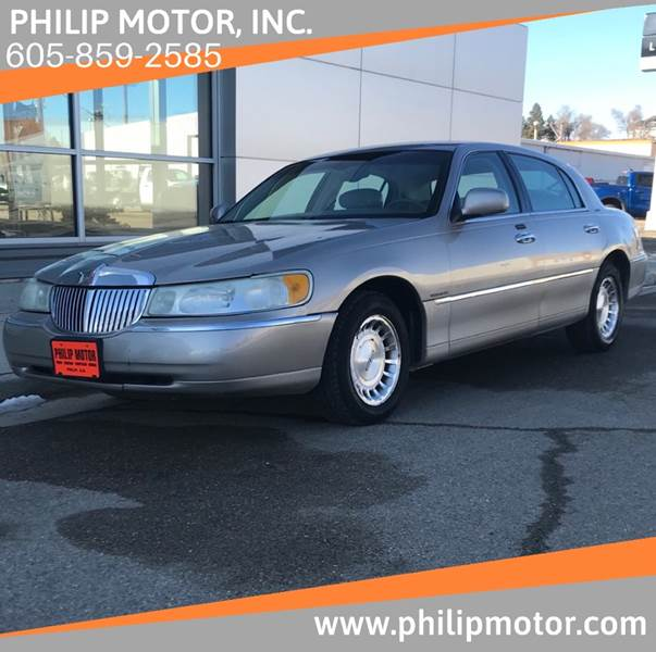 2002 Lincoln Town Car for sale at Philip Motor Inc in Philip SD
