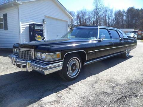 1976 Cadillac Fleetwood for sale at STARRY'S AUTO SALES in New Alexandria PA
