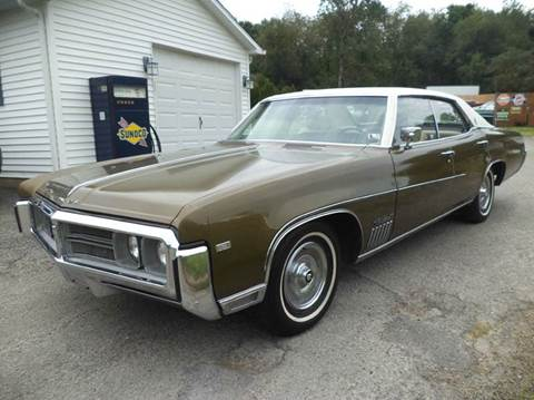 1969 Buick Wildcat for sale at STARRY'S AUTO SALES in New Alexandria PA