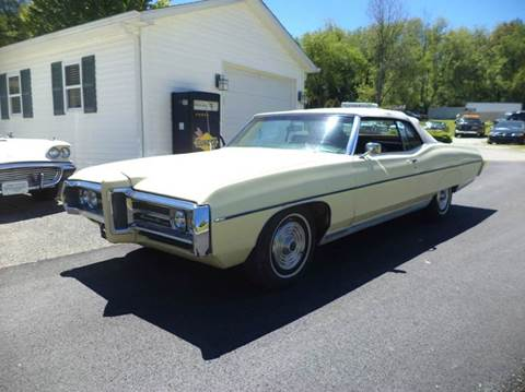 1969 Pontiac Bonneville for sale at STARRY'S AUTO SALES in New Alexandria PA