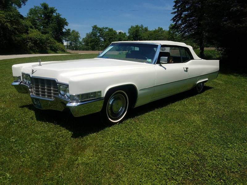 1969 Cadillac DeVille for sale at STARRY'S AUTO SALES in New Alexandria PA