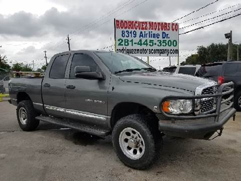 2005 Dodge Ram Pickup 2500 for sale at RODRIGUEZ MOTORS CO. in Houston TX