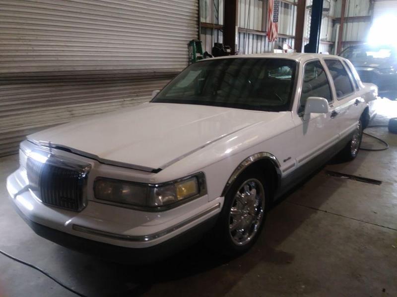 1997 Lincoln Town Car Signature 4dr Sedan In Sarasota Fl Target