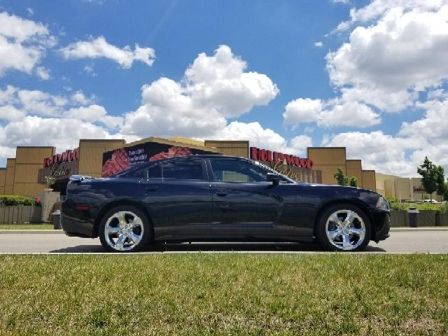2013 Dodge Charger RT Max 4dr Sedan In Columbus OH  Columbus