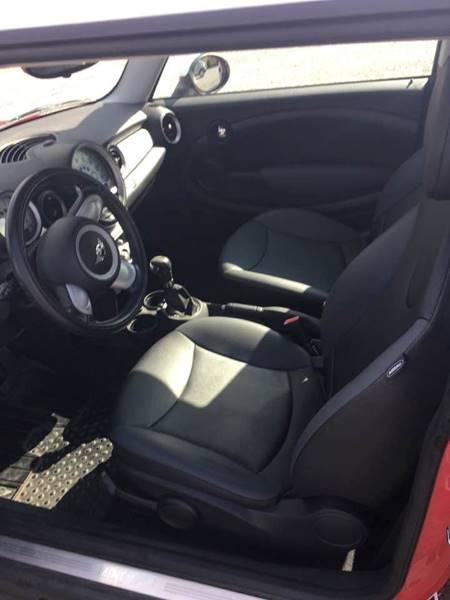2009 MINI Cooper 2dr Hatchback - Cookeville TN