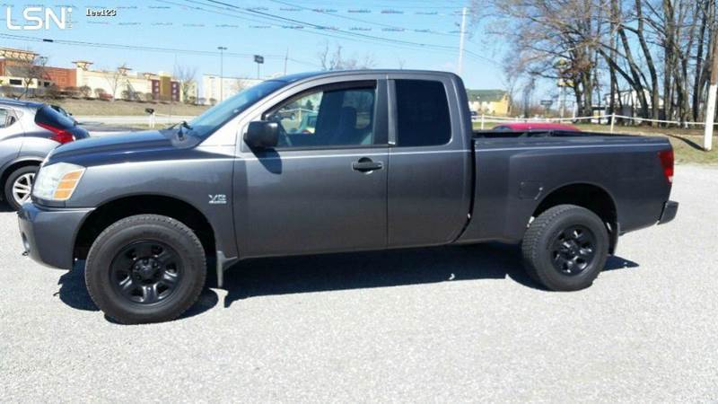 2004 Nissan Titan XE 4dr King Cab 4WD SB In Cookeville TN