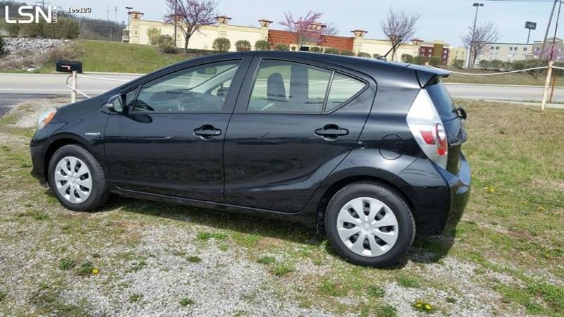 2014 Toyota Prius c One 4dr Hatchback - Cookeville TN