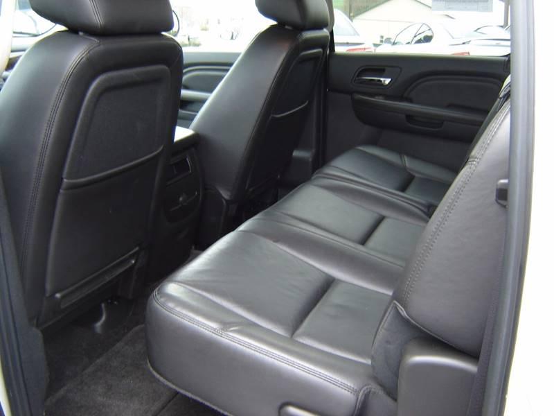 2011 GMC Sierra 1500 AWD Denali 4dr Crew Cab 5.8 ft. SB - New Holland PA