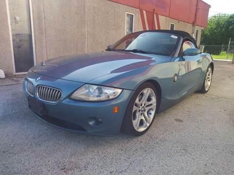 2005 BMW Z4 for sale at RICKY'S AUTOPLEX in San Antonio TX