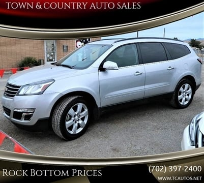 2017 Chevrolet Traverse LT for sale at TOWN & COUNTRY AUTO SALES in Overton NV
