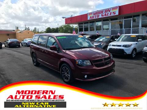 2018 Dodge Grand Caravan for sale at Modern Auto Sales in Hollywood FL
