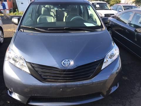 2013 Toyota Sienna for sale in Elizabeth, NJ
