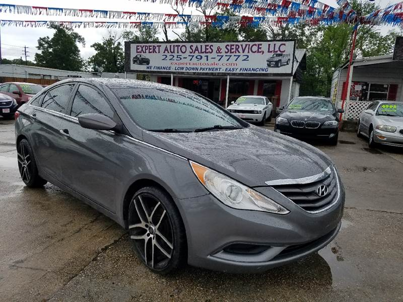 hyundai in used genesis vehicle options acadian baton sedan veh la rouge