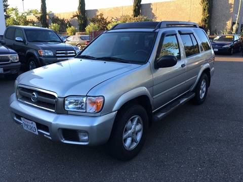 2002 Nissan Pathfinder for sale at C. H. Auto Sales in Citrus Heights CA