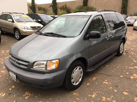 2000 Toyota Sienna for sale at C. H. Auto Sales in Citrus Heights CA