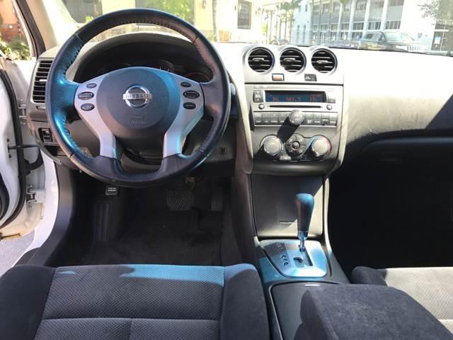 2008 Nissan Altima 2.5 S 4dr Sedan CVT - Miami FL