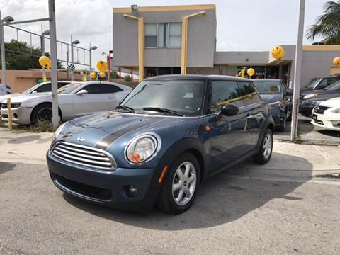2010 MINI Cooper for sale in Miami, FL