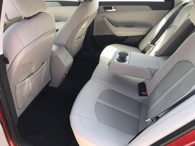 2017 Hyundai Sonata SE 4dr Sedan PZEV - Miami FL