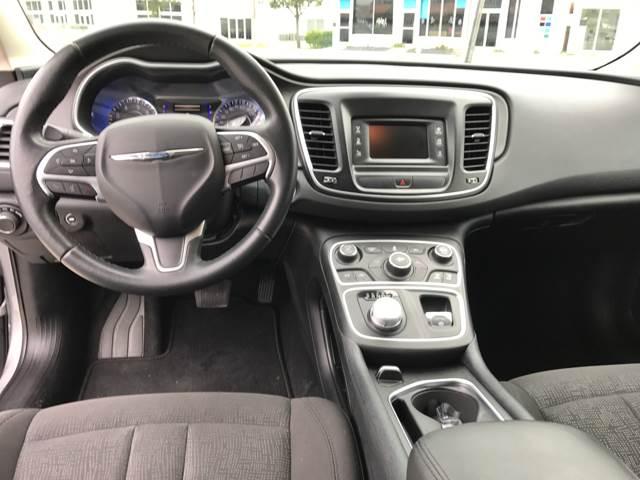 2016 Chrysler 200 Limited Platinum 4dr Sedan - Miami FL