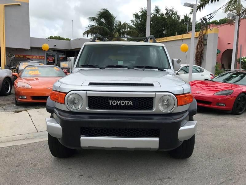 2007 Toyota FJ Cruiser 4dr SUV (4L V6 5A) - Miami FL