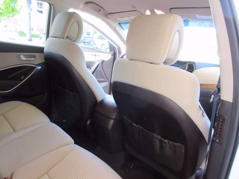 2014 Hyundai Santa Fe Sport 2.4L 4dr SUV - Miami FL