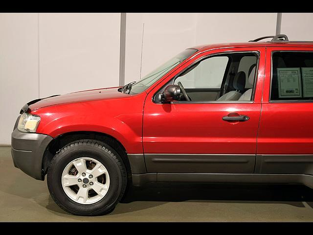 2005 Ford Escape AWD XLT 4dr SUV - Columbus OH