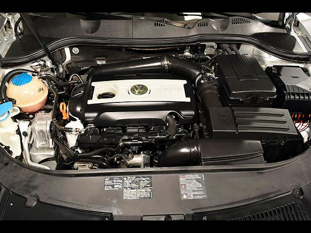 2008 Volkswagen Passat 4dr Auto Turbo FWD - Columbus OH