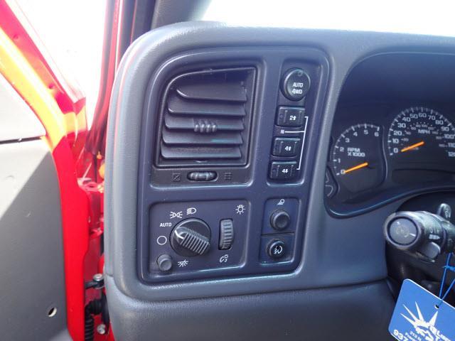 2004 Chevrolet Avalanche 4dr 1500 4WD Crew Cab SB - Kearney NE
