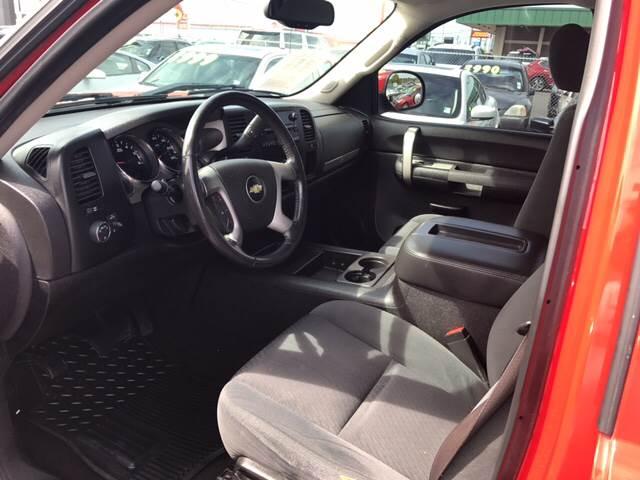 2009 Chevrolet Silverado 1500 4x4 LT 4dr Crew Cab 5.8 ft. SB - Auburn WA