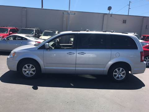 2008 Chrysler Town and Country for sale in Auburn, WA