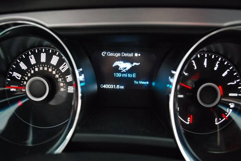 2014 Ford Mustang V6 Premium 2dr Convertible - Rome GA