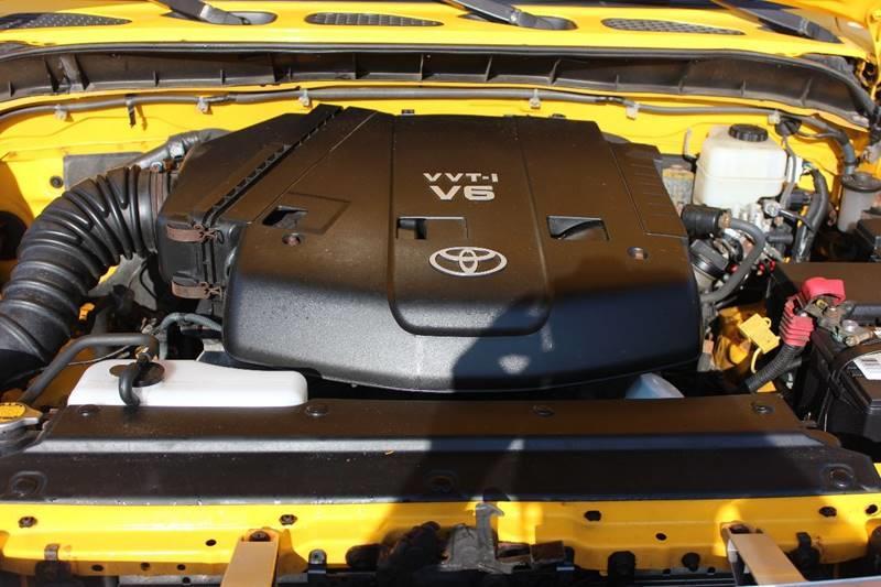 2007 Toyota FJ Cruiser 4dr SUV 4WD (4L V6 5A) - Washington Township MI