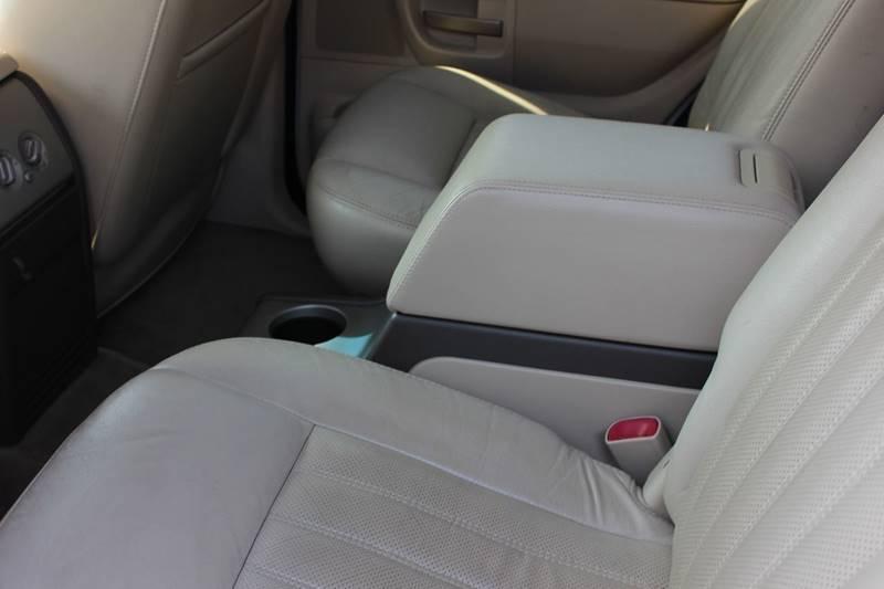 2004 Lincoln Aviator AWD Luxury 4dr SUV - Washington Township MI
