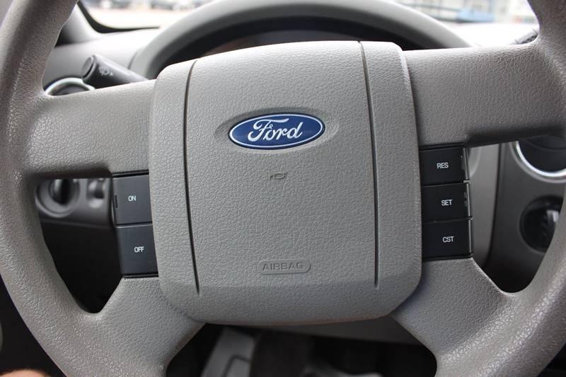 2006 Ford F-150 XLT 4dr SuperCab 4WD Styleside 6.5 ft. SB - Washington Township MI