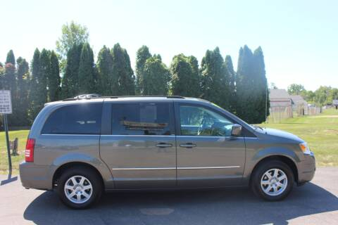 2010 Chrysler Town and Country for sale at D & B Auto Sales LLC in Washington Township MI
