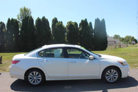 2011 Honda Accord for sale at D & B Auto Sales LLC in Washington Township MI