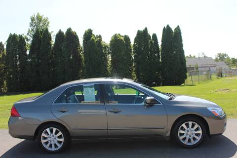 2006 Honda Accord for sale at D & B Auto Sales LLC in Washington Township MI