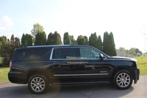 2015 GMC Yukon XL for sale at D & B Auto Sales LLC in Washington Township MI