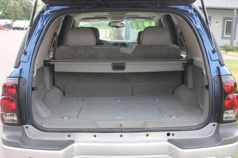 2005 Chevrolet TrailBlazer LT 4WD 4dr SUV - Washington Township MI