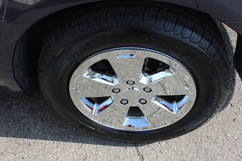 2008 Chevrolet Impala LT 4dr Sedan - Washington Township MI