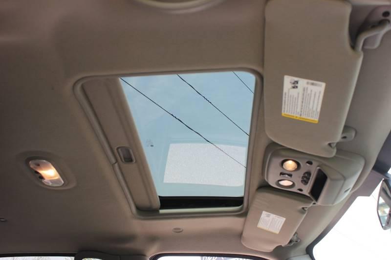 2006 Cadillac Escalade EXT AWD 4dr Crew Cab SB - Washington Township MI