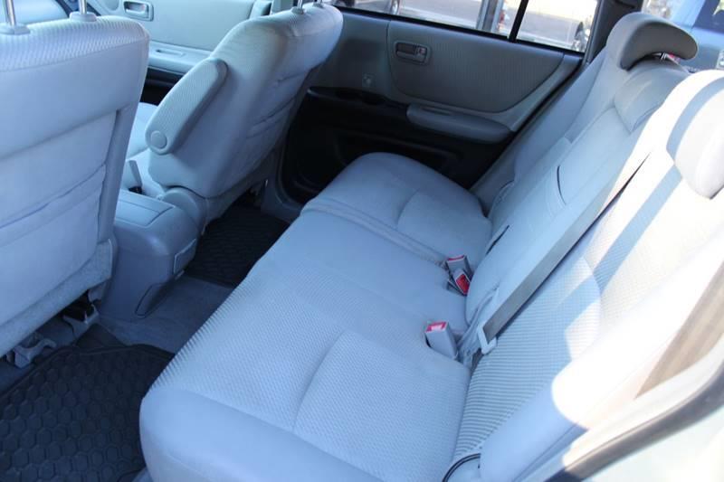 2004 Toyota Highlander AWD 4dr SUV V6 w/3rd Row - Holbrook MA