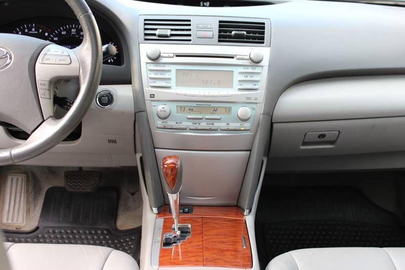 2008 Toyota Camry XLE V6 4dr Sedan 6A - Holbrook MA