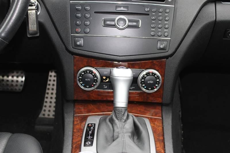 2009 Mercedes-Benz C-Class AWD C 300 Luxury 4MATIC 4dr Sedan - Holbrook MA