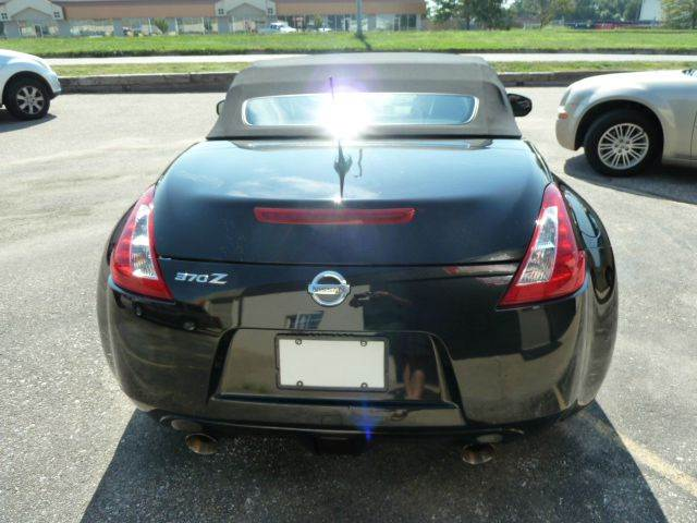 2010 Nissan 370Z Roadster Touring 2dr Convertible 7A - Lincoln NE