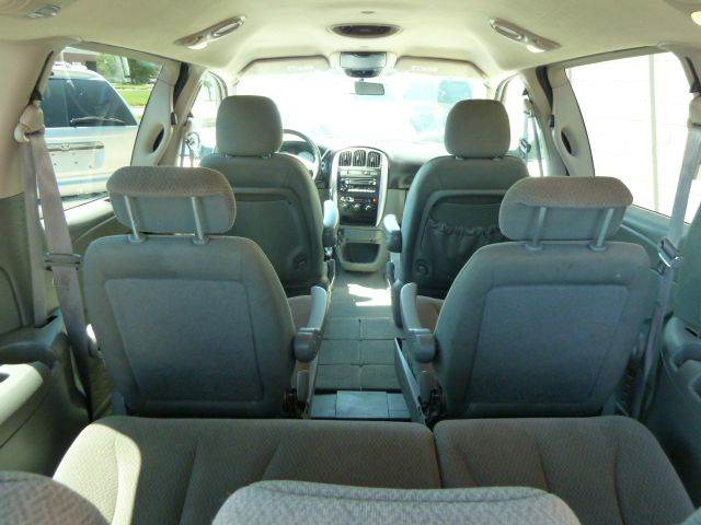 2006 Chrysler Town and Country Touring 4dr Extended Mini Van - Lincoln NE
