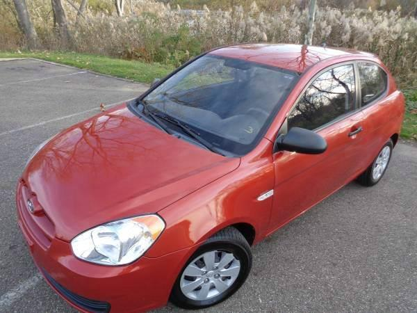 2008 Hyundai Accent GS 2dr Hatchback 4A   Akron OH